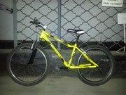 Продам велосипед FUJI. Новая алюминевая рама от NOMADa.